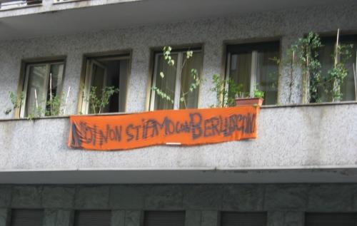 NO-BERLUSCA.jpg