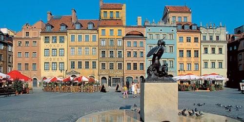 Una piazza nel centro di Varsavia
